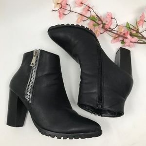 Bella Marie Carly Black Zip Ankle Boots Size 8.5
